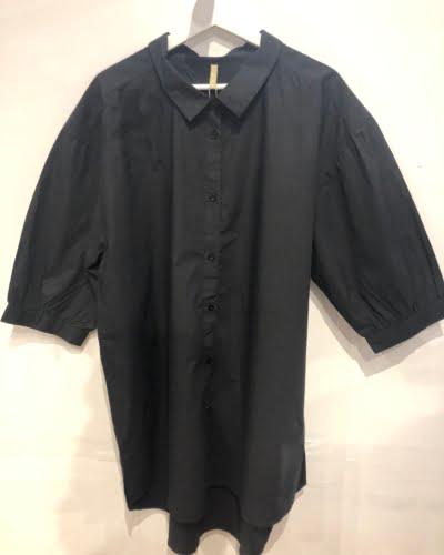 Ofelia - lang skjorte - sort - SOPF