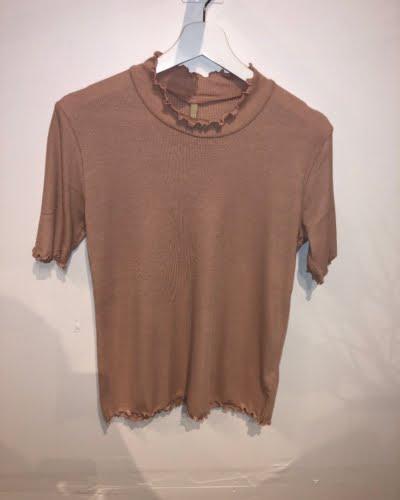 Ofelia - højhalset t-shirt - rosa- ANDREA